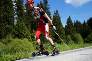 Skike-V7-Fix-Cross_Skiroller-Magazin