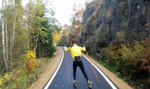 Auf Skiroller im Herbst